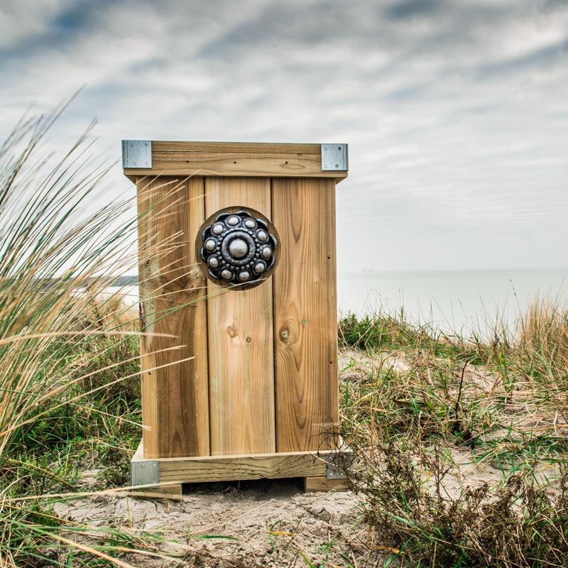 Zeeuwse knop Bloembak L45 x B48 x H85 knop 16 cm